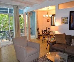 1 Bedroom Deluxe Suite